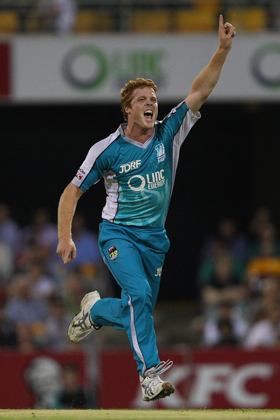 Alistair McDermott during his double wicket maiden - Brisbane Heat vs Sydney Thunder