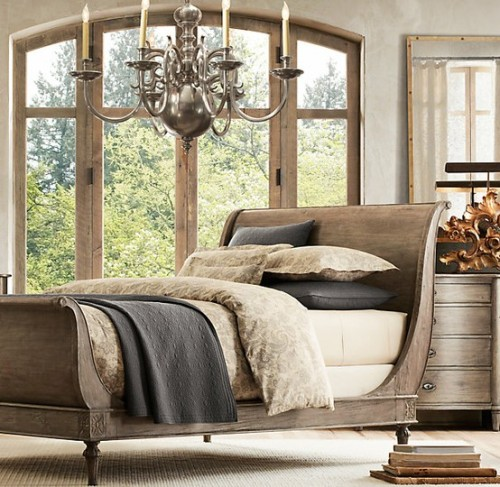 A beautiful sleigh bed