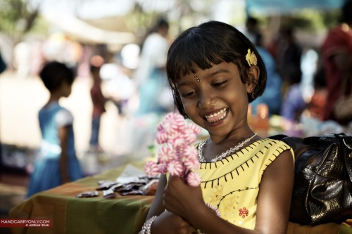 Little girl at Sunday market, Trinco