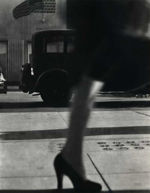 liquidnight:  Lisette Model Fifth Avenue, late 1940s From Lisette Model