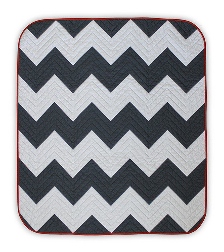Chevron Baby Quilt 2 by Elizabeth Ancell, an original design featured on her Flickr stream.