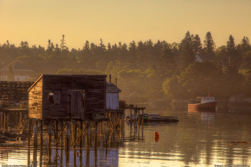 cabinporn:  Marina shack in Gouldsboro, Maine. Photo by Greg Hartford.