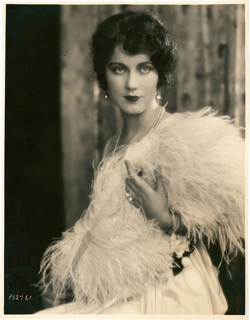 soyouthinkyoucansee:  Soyouthinkyoucansee Fay Wray (Late 1920s)