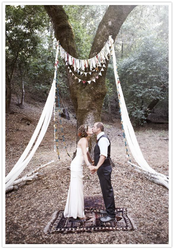 {Tree} wedding altar