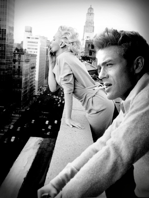 Marilyn Monroe and James Dean in a candid shot off set. She seems so fearless here.