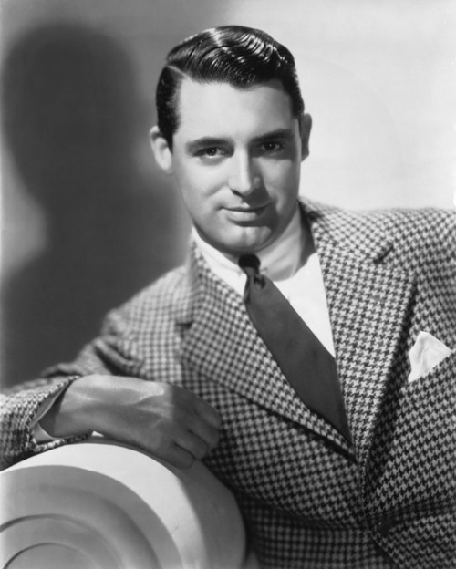 "the-asphalt-jungle:  Cary Grant - January 18th, 1904 - November 19th, 1986 ""If you want 					to be an actor, my advice is to learn your lines and don't bump 					into the other actors."""