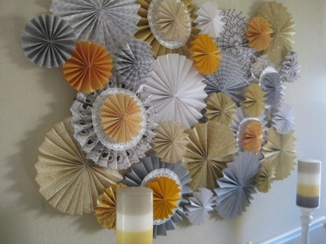 DIY: Paper Rosette Backdrop