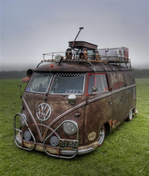stomachpancake:  Volkswagen Wednesday  My dream