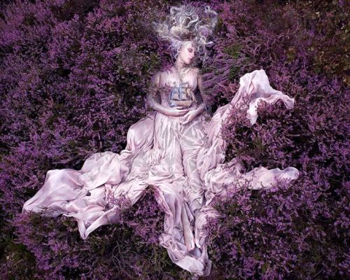 yukidoll:  Kirsty Mitchell Photography Wonderland 'Gammelyn's Daughter'
