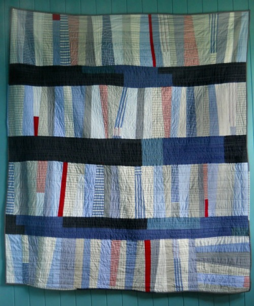 A Touch of the Bends Quilt by Nova, an original design featured on her blog.