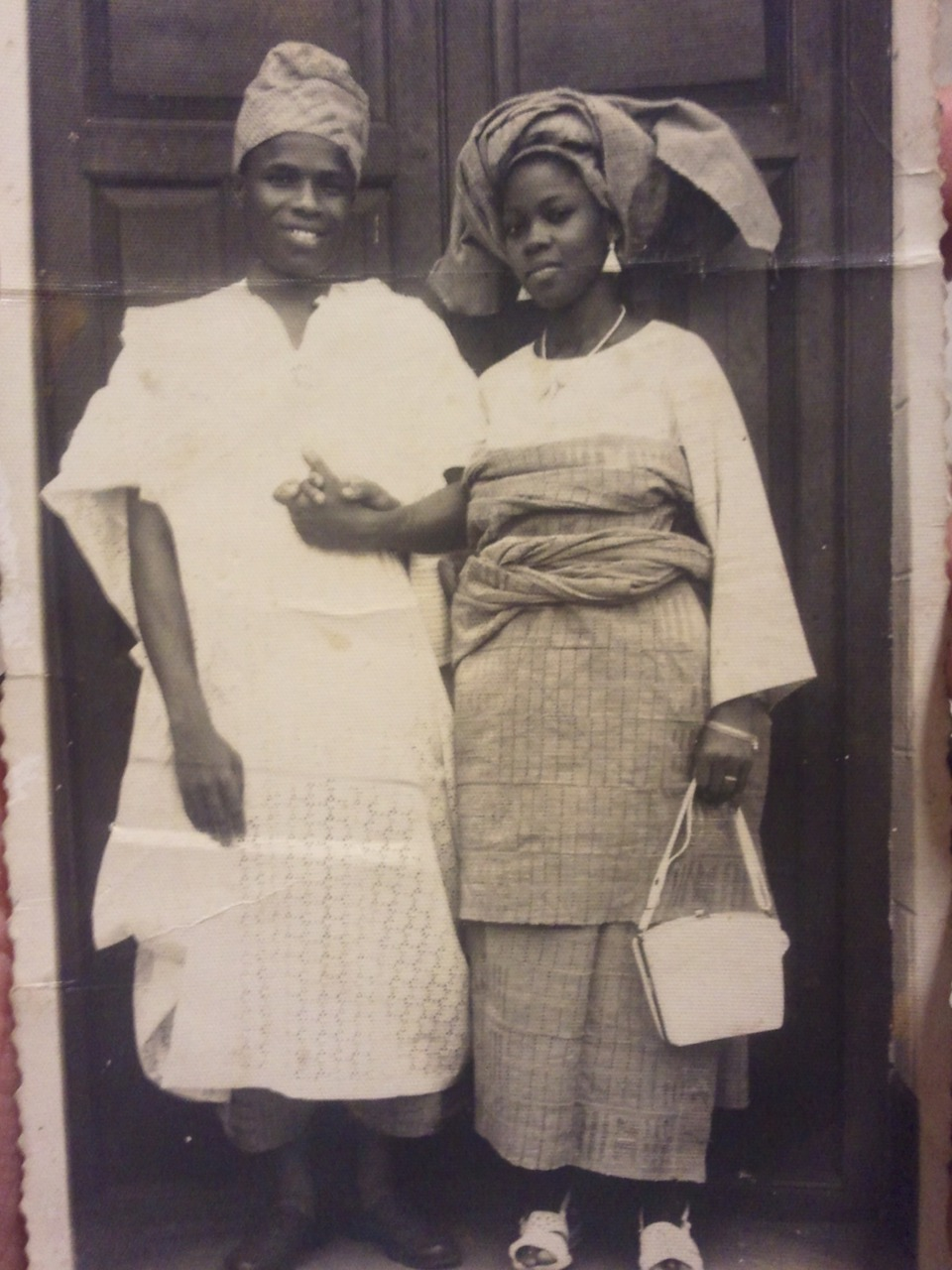 Vintage photograph of a Yoruba couple via imjusssaying & dynamicafrica: