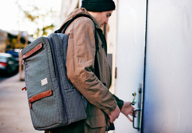 HEX revealed a new line of carry gear for the urban man with a subtle nautical touch. The streamlined, but stylish look of the HEX Fleet Sonic Backpack is dressy but understated horizontally striped treated cotton canvas, cotton webbing and leather flaps and zipper pulls, it definitely stands apart from the standard urban utility packs out there.  With 17″ laptop capacity, organizer pocket and an additional space for carrying your beloved iPad, the Fleet Sonic makes you look like you care about your toys and your image, as well. Source: Gear Patrol
