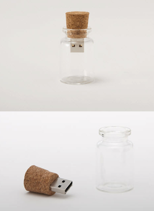 photojojo:  Put a message in a bottle, and toss it out to sea. USB in a Bottle via szymon