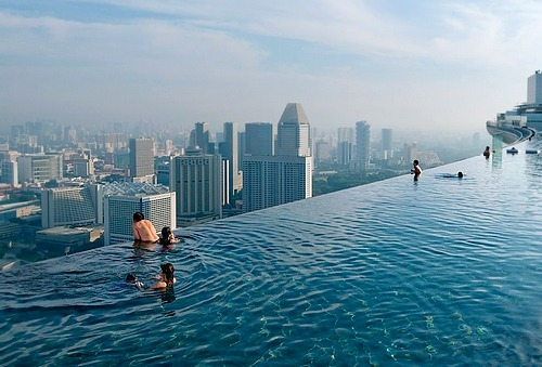 surferdude182:  Infinity Pool, Singapore (by Chia Ming Chien | via National Geographic)