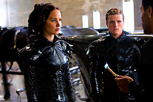 thehungergameslivitup:  The new still without the watermark!