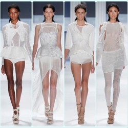 #vogue #moda #mode #style #streetstyle #fashion #White #Model #verawang #Wang  (Taken with instagram)