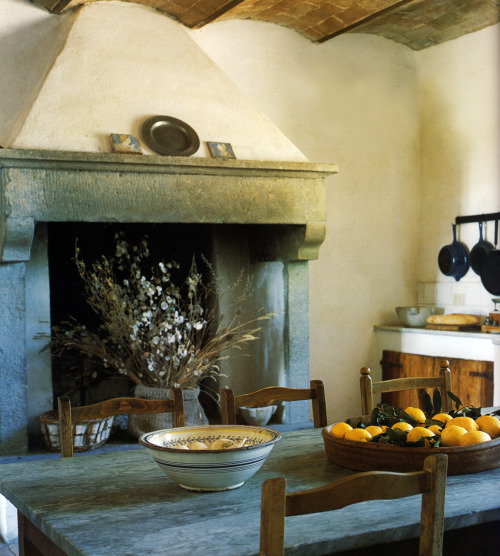 thisivyhouse:  Kitchen fireplace