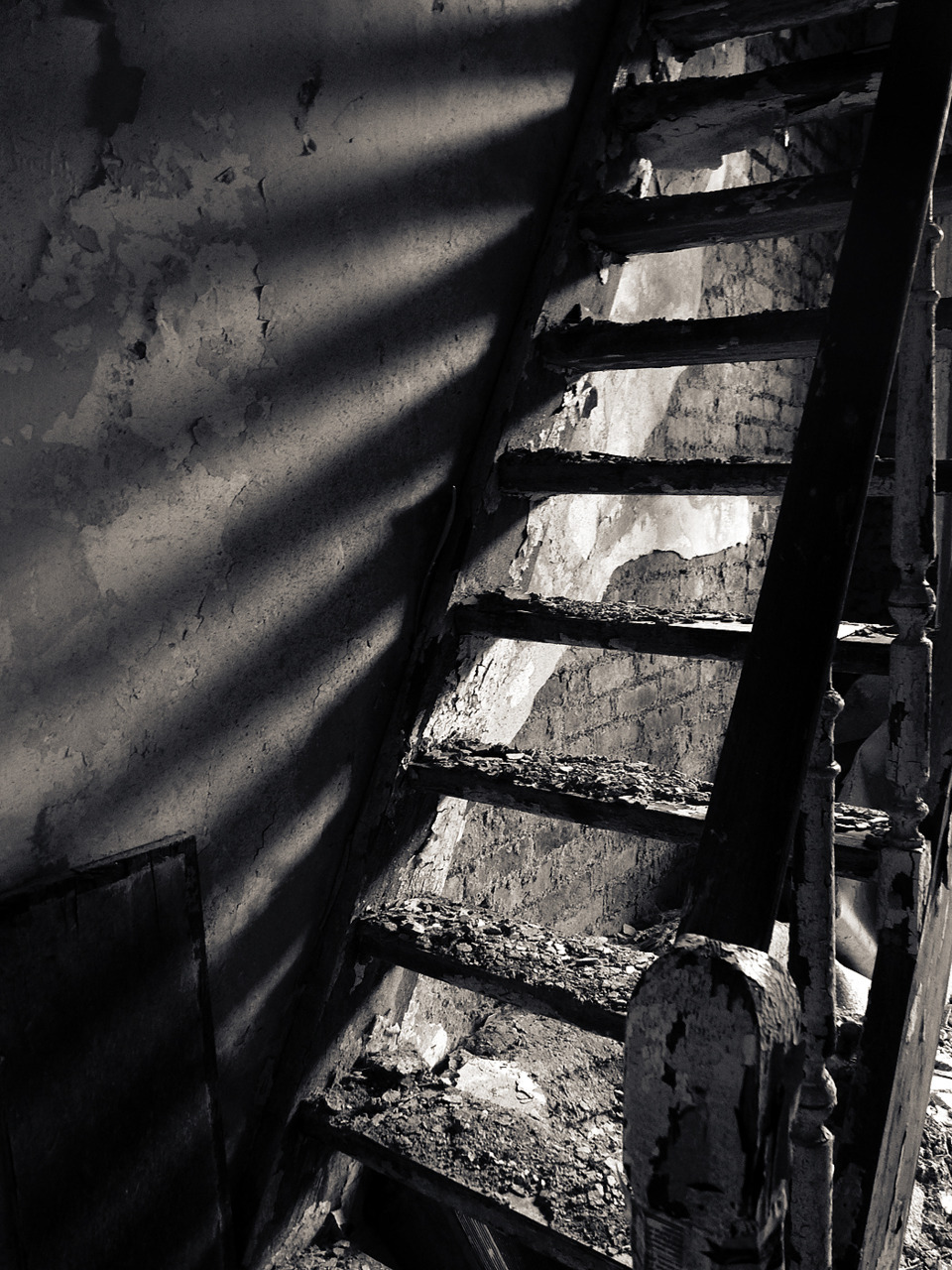 Abandoned stairs at Duparc Copyright by Natascha Mattens