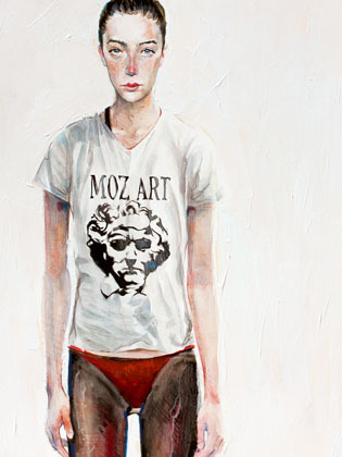 My friend Lita, with the brand new MOZ-ART t-shirt.