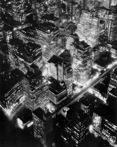 New York at Night by Berenice Abbott. As seen at the Night Visions exhibition at the Metropolitan Museum of New York, which ran from April to September 2011.