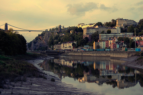 refero-mundus:  Clifton Suspension Bridge (by martinturner)