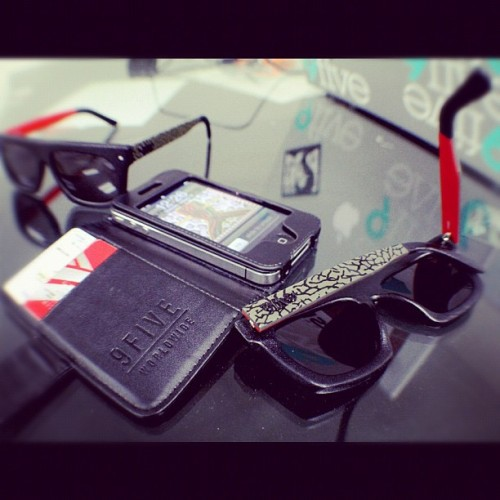 I want a pair. 9fiveeyewear:  The 2Three by #9five is in stores now.  (Taken with instagram)