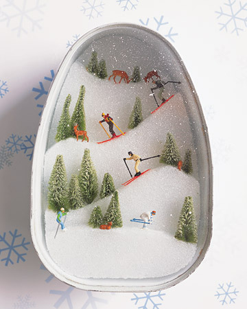 Diorama DIY (via Martha Stewart)