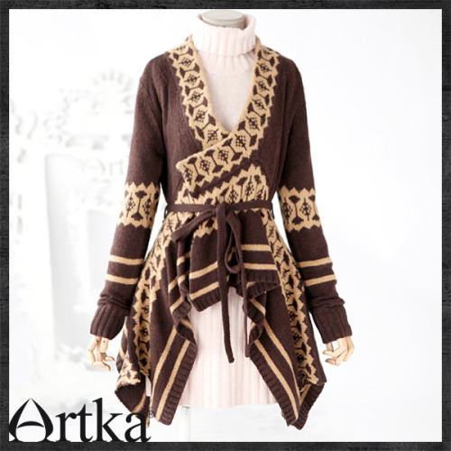 Lovely sweater by Artka fashion. <3 WANT!