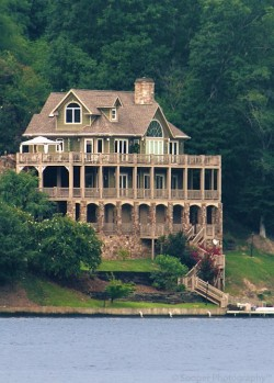 wait, stop. can i pleaseeee live here?