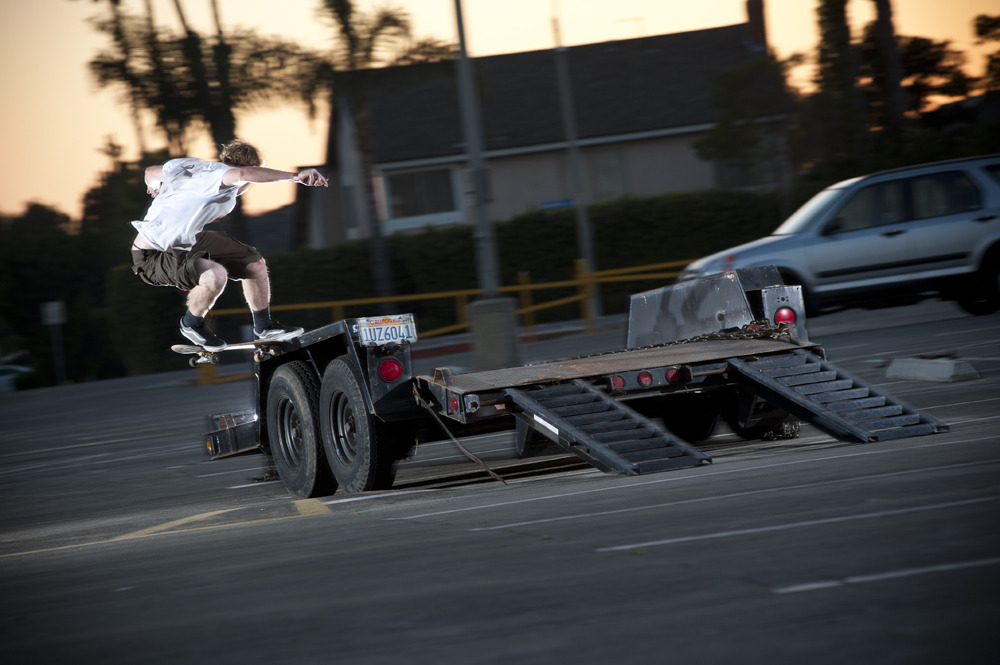Andy Smith_Frontside Noseslide - Huntington Beach, CA 2011