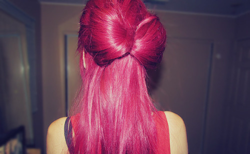 forever-and-alwayss:  I want her hair color.