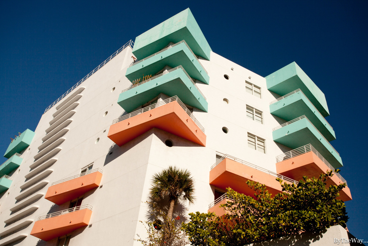 Tropical Modern: South Beach building - Miami, Florida