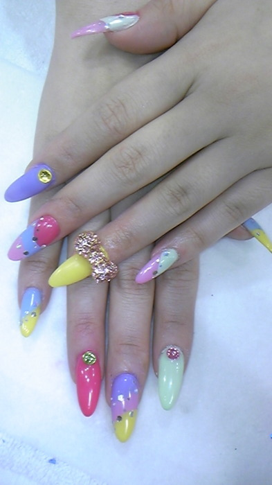 swagged out rainbow brite nails lisa frank nail art