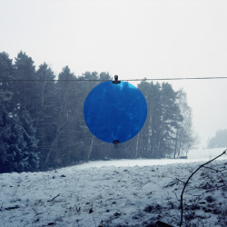 mpdrolet: Blue Dot [2] Thomas Albdorf