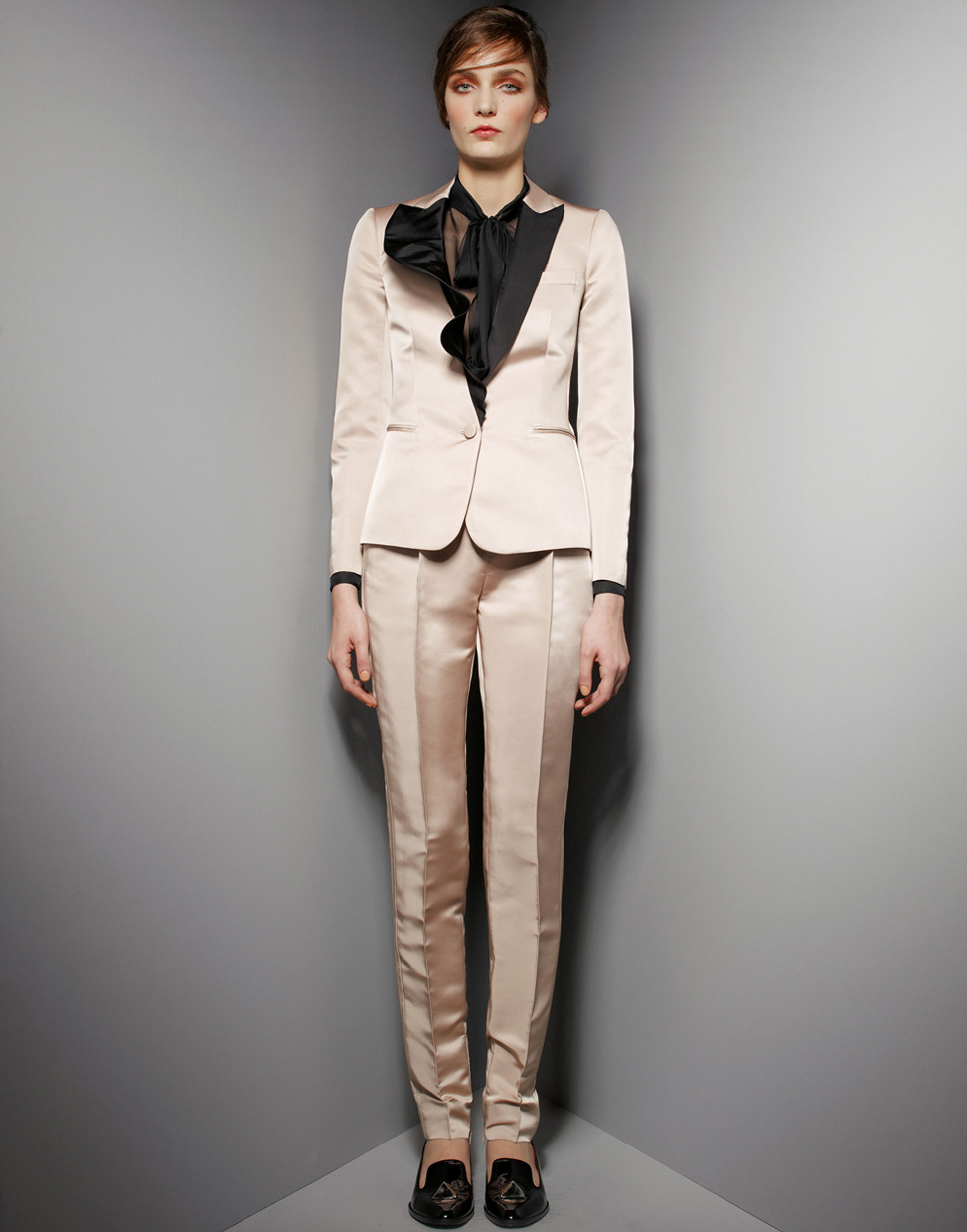 Head-to-toe romantic detailing, courtesy of Valentino's prefall collection.