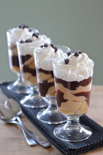 gastrogirl:  chocolate and peanut butter parfaits.  I pretty much need these.