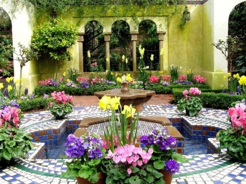 My Bohemian Home ~ Outdoor Spaces  Moorish garden