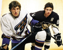 siphotos:  Alex Ovechkin and Sidney Crosby are the two biggest stars in hockey, but with one slumping and the other ailing, the league is short on star power. SI's Michael Farber discusses the lack of superstars and spectacular teams in the NHL. (Michael O'Neill/SI) FARBER: NHL lacking big star power and spectacular teamsGALLERY: The Sidney Crosby-Alex Ovechkin rivalry