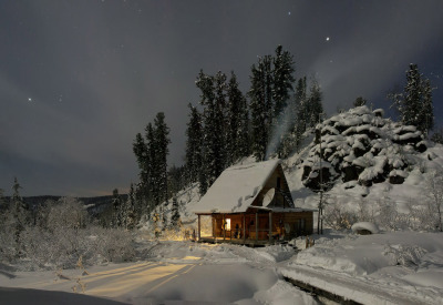 cabinporn:  Forest Lodge in Siberia by Vasin Valery View more here.