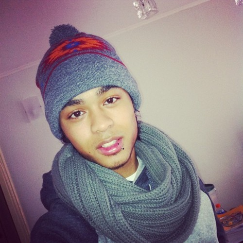 cutestboysontheplanet:  http://akidnamedilliano.tumblr.com Instagram : #KidNamedIlliano  :)
