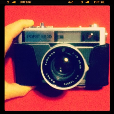 vodkatwist:  What i got from my bestfriend! Best present ever # #camera #vintage #retro #fifties #35mm  (Taken with instagram)
