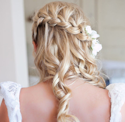 Love the hair, casual braid