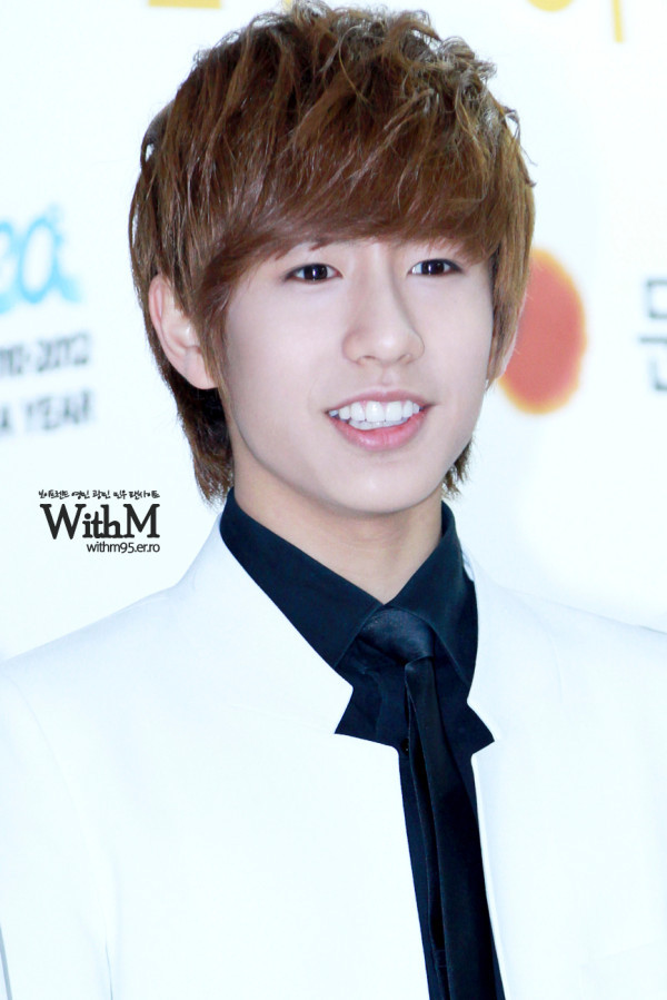 nominwooworld:  120119 Minwoo at Seoul Music Award [credits to: WithM and NohMinwoo_THFP] ~LA