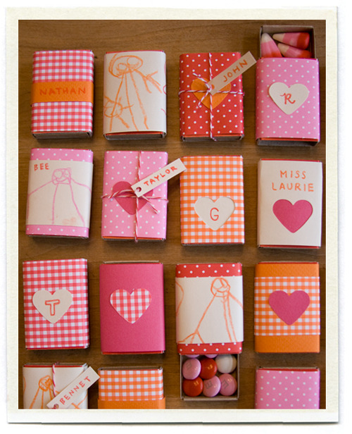 Lovely little Valentines Boxes :)