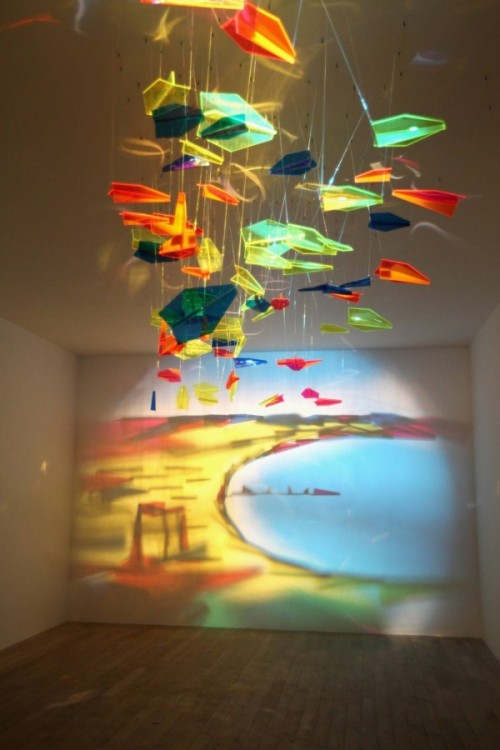 gaksdesigns:  Artist Rashad Alakbarov uses suspended translucent objects and other found materials to create light and shadow paintings on walls. (via)