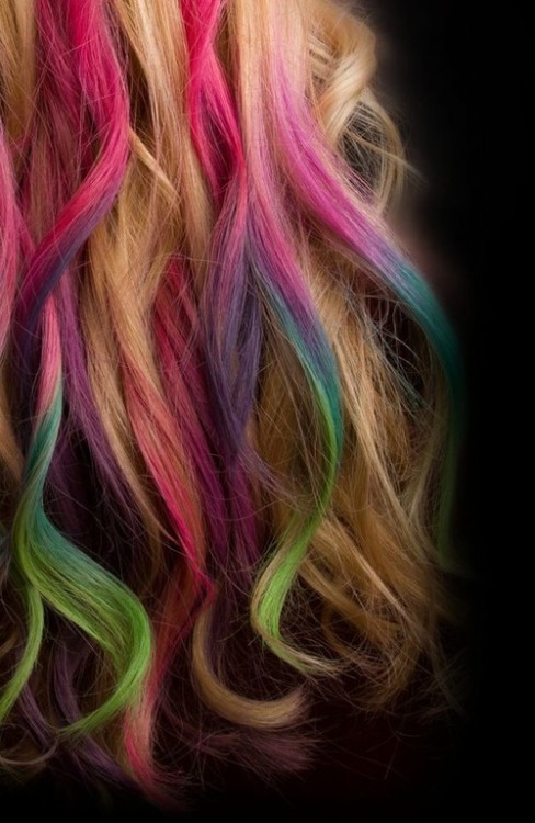 love the multi-colored hair