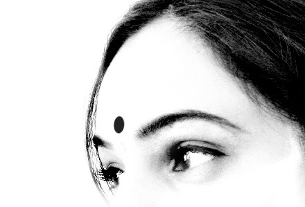 thepajamawarrior:  Indian Woman by ind{yeah} on Flickr.
