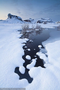 Winter perspective, south-west Iceland by skarpi - www.skarpi.is on Flickr.
