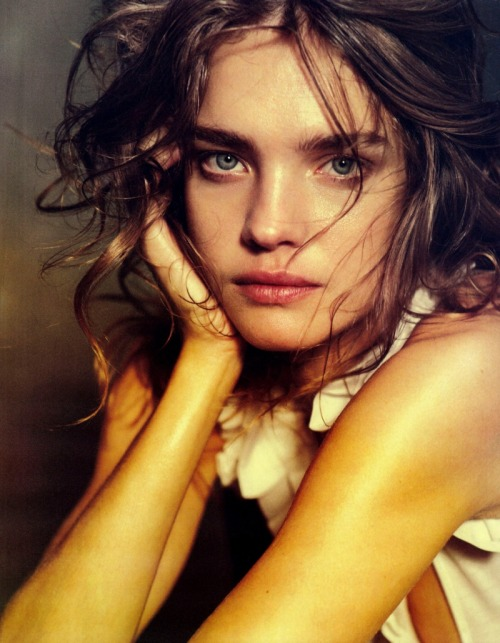 Natalia Vodianova photographed by Peter Lindberg. UGHUGHUGH! DAMN YOUR SWEET SELF! YOU INSPIRE ME TO WRITE STORIES! BUT I HAVE THE BLOCK AGAIN! YOU AND BARBARA PALVIN ARE SISTERS IN MY STORY! BECAUSE THAT JUST NEEDS TO HAPPEN! BECAUSE UGH! YOUR SISTERLY FACES AND NATURES! MY LAAAAAAHV!