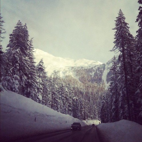 The @irlprods crew is on road to Davos.  So beautiful here. (Taken with Instagram at Wolfgang Pass)